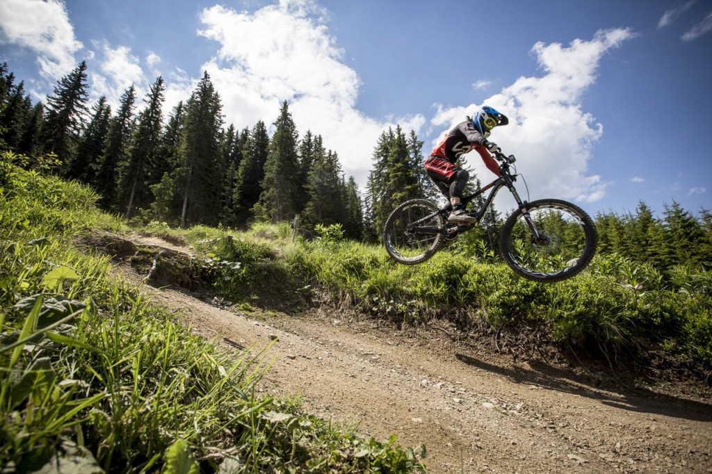 _web_Bikepark_Planai__18-06-2014__action__Emmeline_Ragot__Roland_Haschka_ymm__004