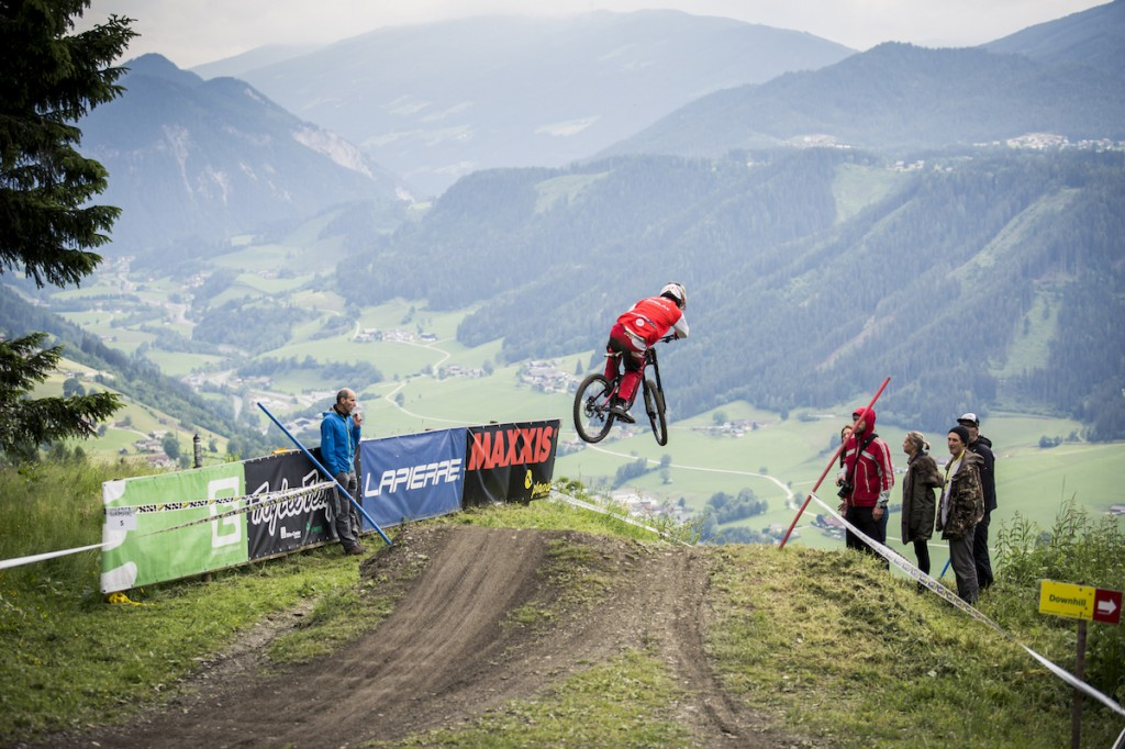 Gravity_Games__19-06-2015__IXS_Downhill_Cup__action__Roland_Haschka_ymm__058