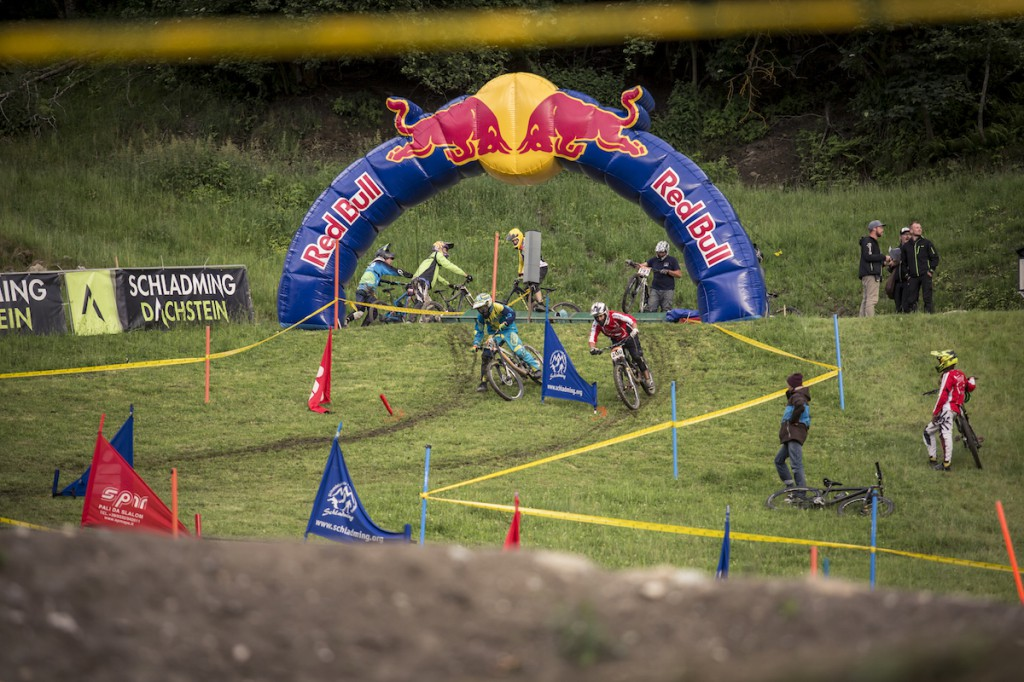 Gravity_Games__19-06-2015__IXS_Downhill_Cup__action__Roland_Haschka_ymm__075
