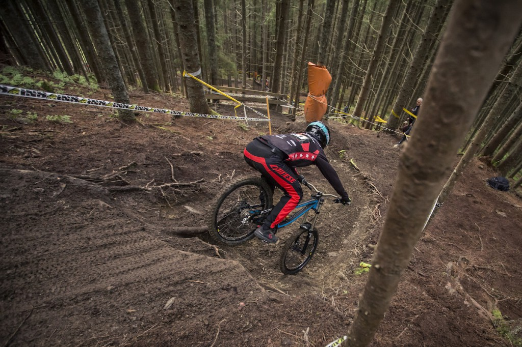 Gravity_Games__20-06-2015__IXS_Downhill_Cup__action__Roland_Haschka_ymm__090