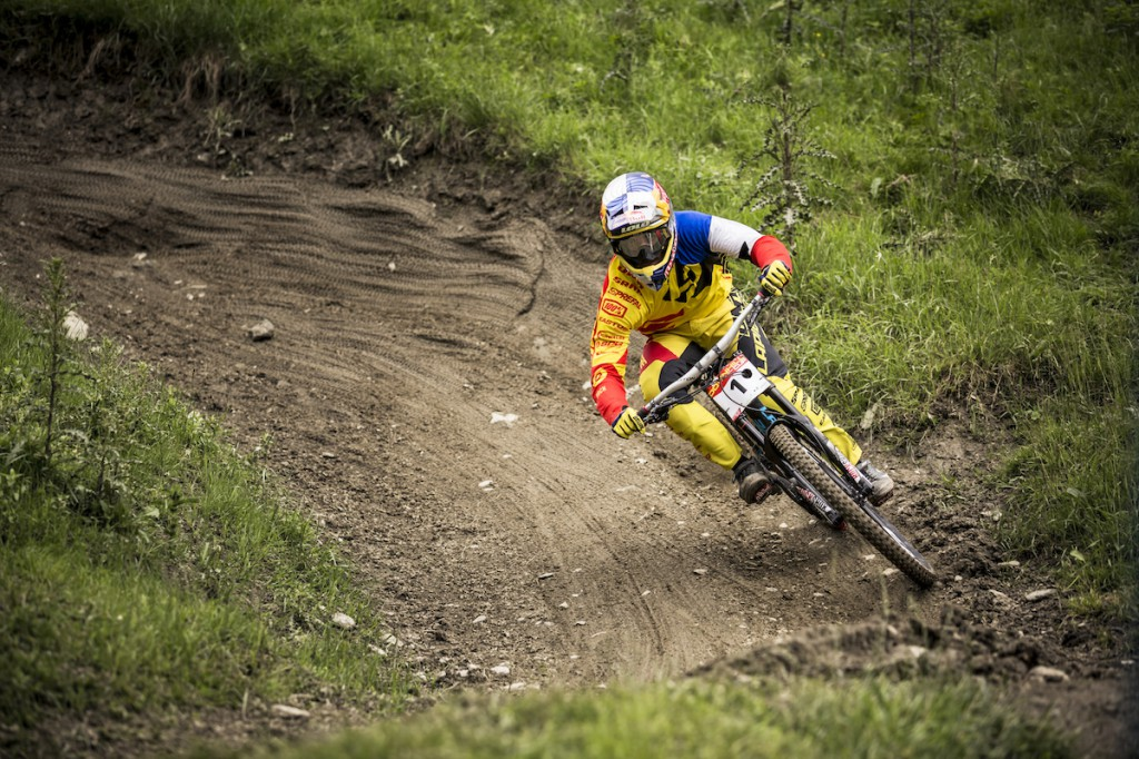 Gravity_Games__21-06-2015__IXS_Downhill__action__Loic_Bruni__Roland_Haschka_ymm__109